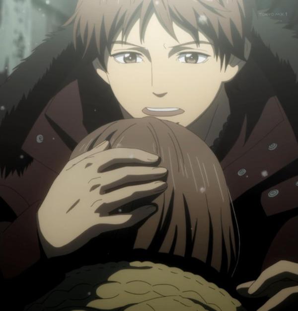 菜穂を抱きしめる須和